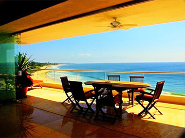 Beachfront Mexican vacation rental properties