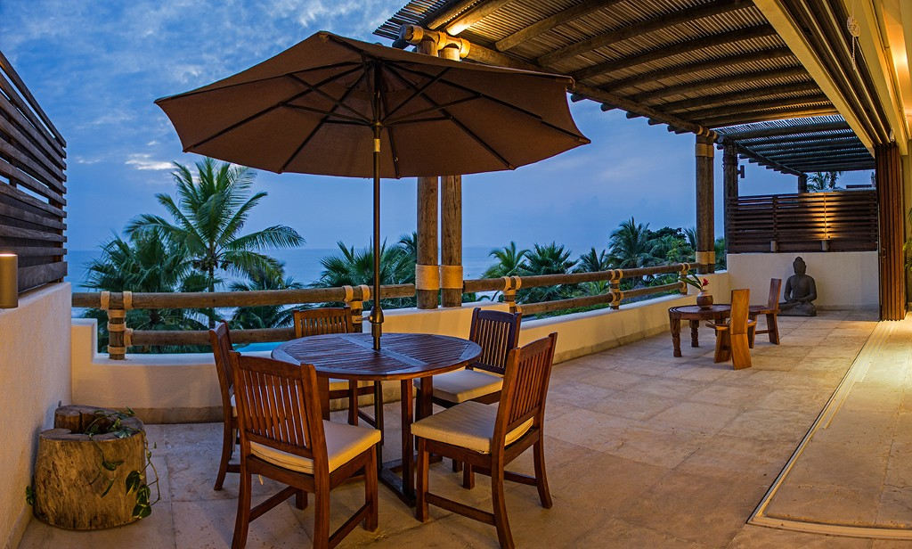Punta de Mita Mexico Beachfront Rental with pool overlooking the beach